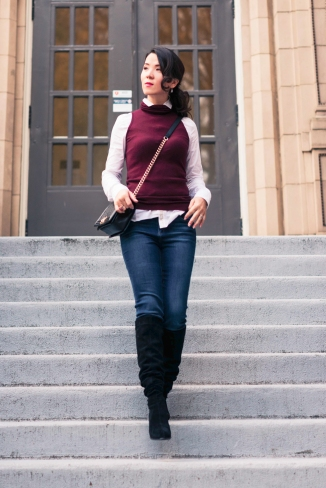 burgundy vest with jean-2987